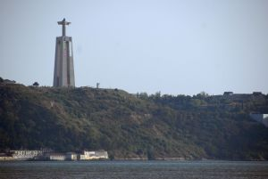 Statue Cristo Rei, Almada