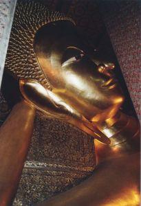 Temple Wat Pho, Buddha couché, 46 m de longeur, 15 m de largeur